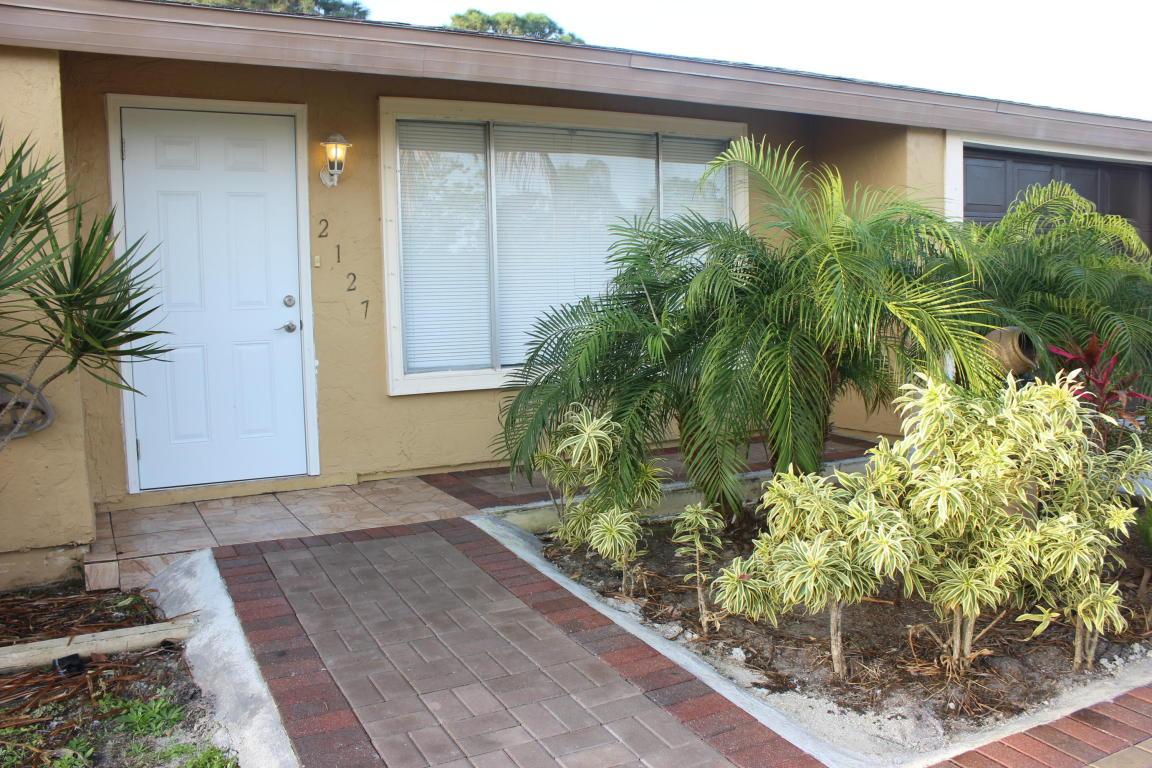 2127 Se Shelter Drive, Port Saint Lucie, FL 34952