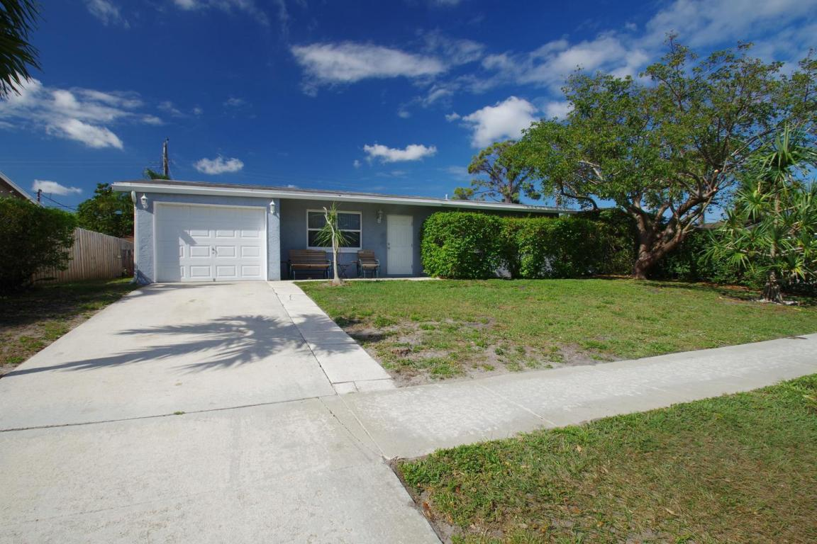 1367 Meadowbrook Drive, West Palm Beach, FL 33417
