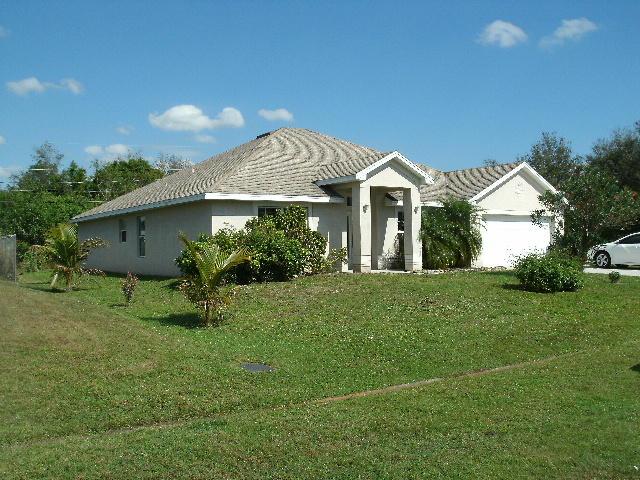 511 Sw Sadwick Avenue, Port Saint Lucie, FL 34953
