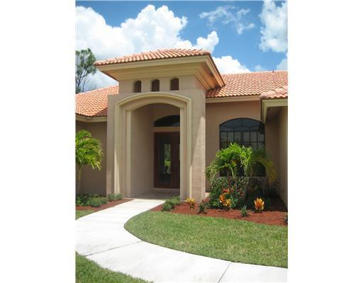 12585 70th Place N, West Palm Beach, FL 33412