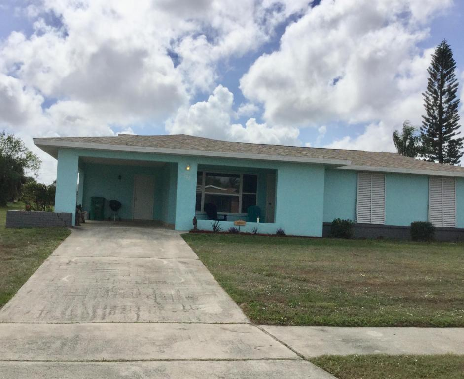 182 Se Selva Court, Fort Pierce, FL 34983