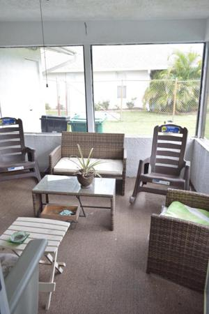 332 Nw Placid Avenue, Port Saint Lucie, FL 34983