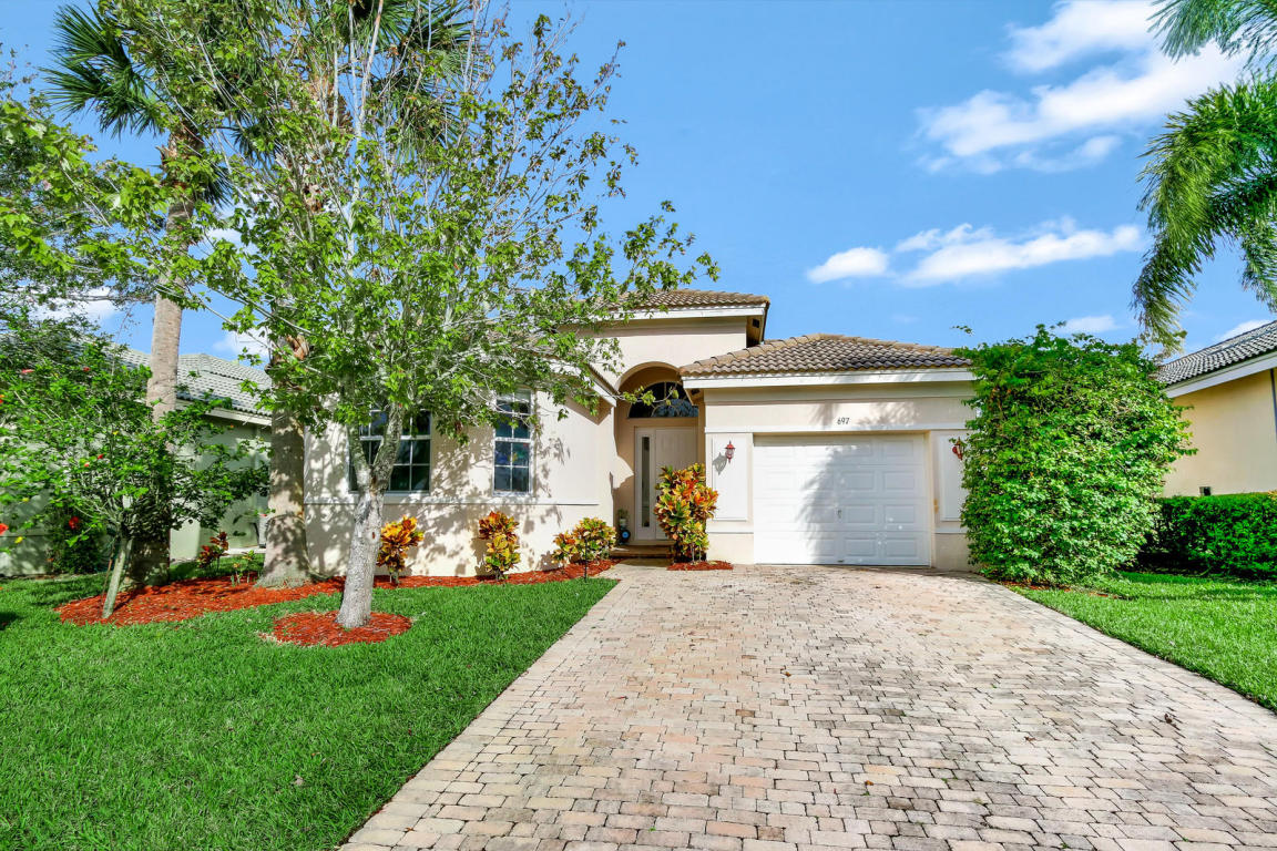 697 Stanford Lane, Port Saint Lucie, FL 34983