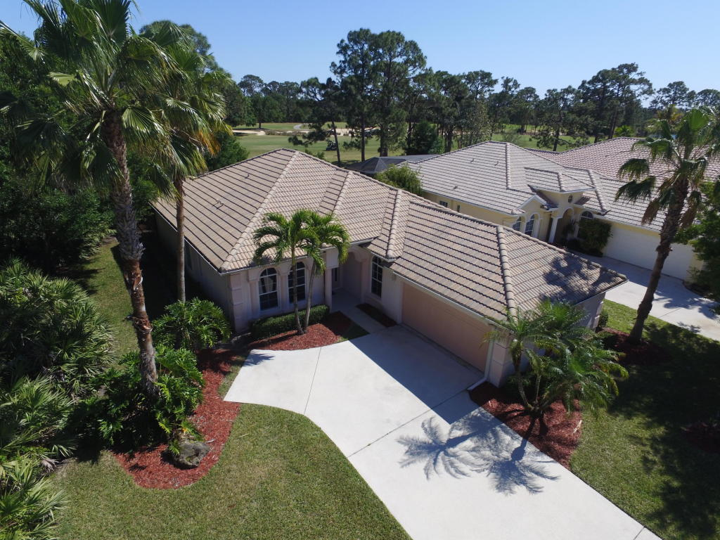 8510 Belfry Place, Port Saint Lucie, FL 34986