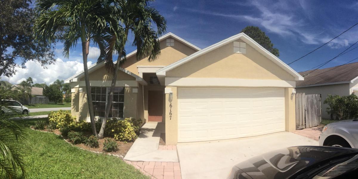 6167 Lauderdale Street, Jupiter, FL 33458