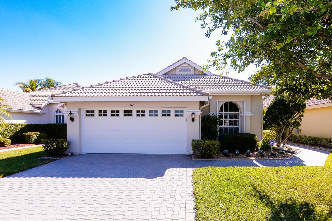 566 Sw New Castle Cove, Port Saint Lucie, FL 34986