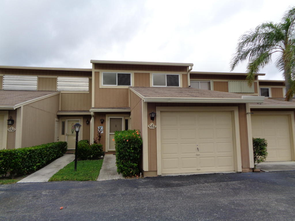363 Maplecrest Circle, Jupiter, FL 33458