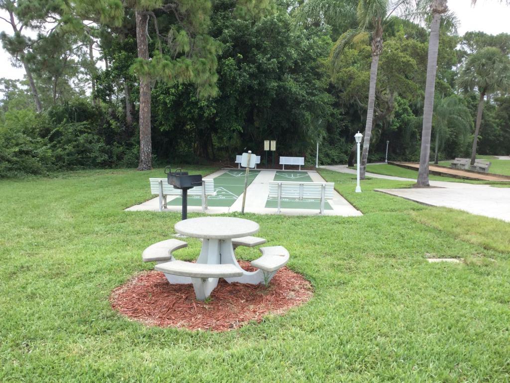 2512 Se Anchorage Cove, Port Saint Lucie, FL 34952