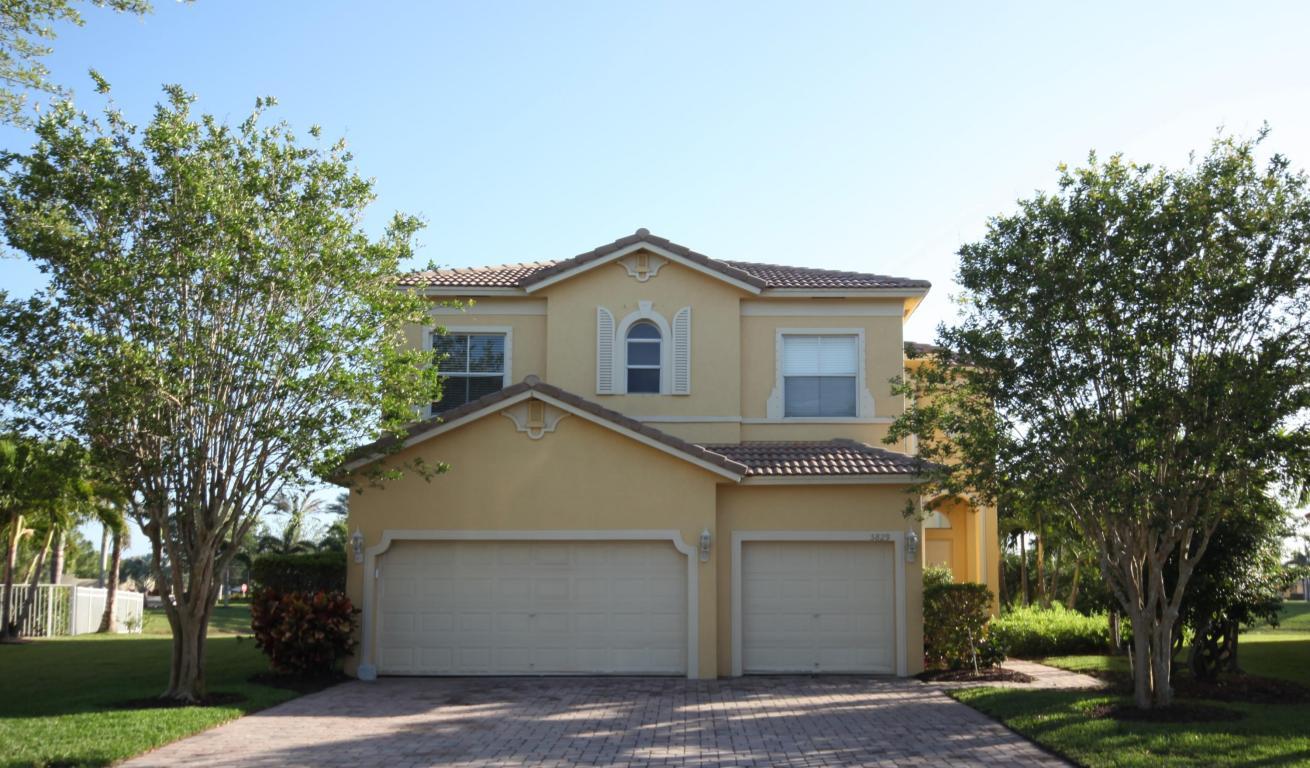 5829 Sunberry Circle, Fort Pierce, FL 34951