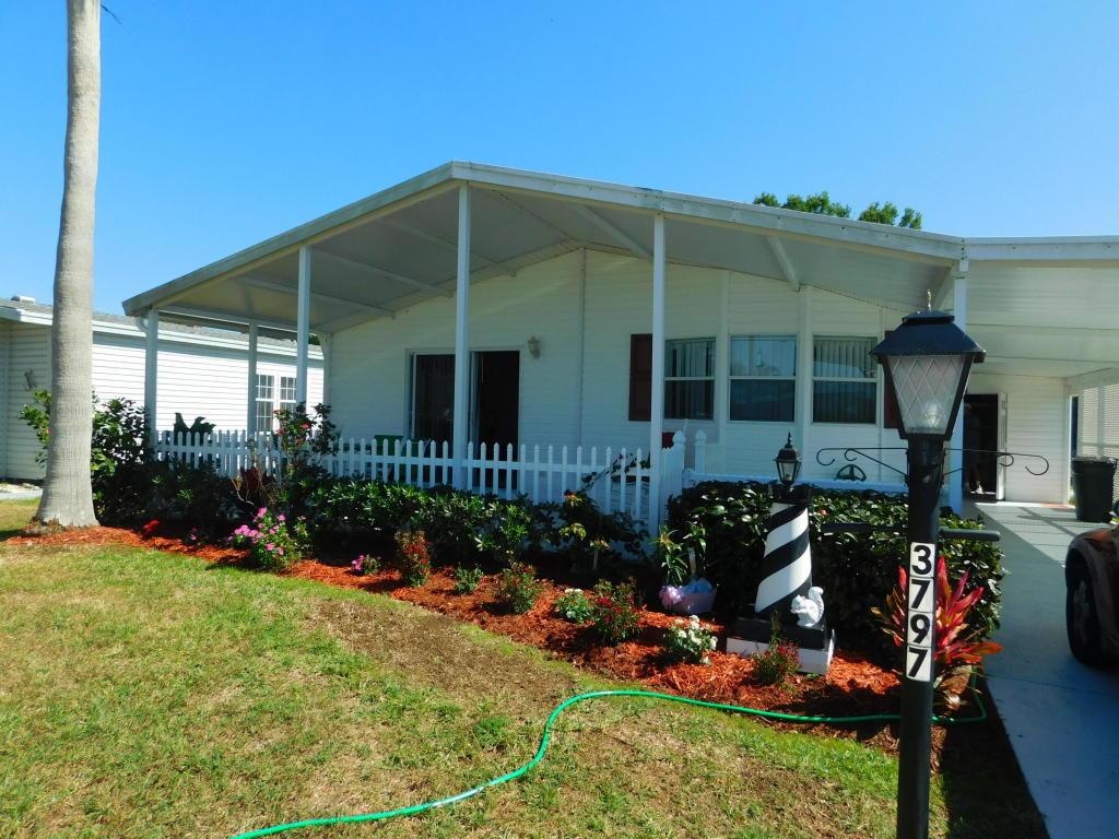 3797 Satinwood Court, Port Saint Lucie, FL 34952