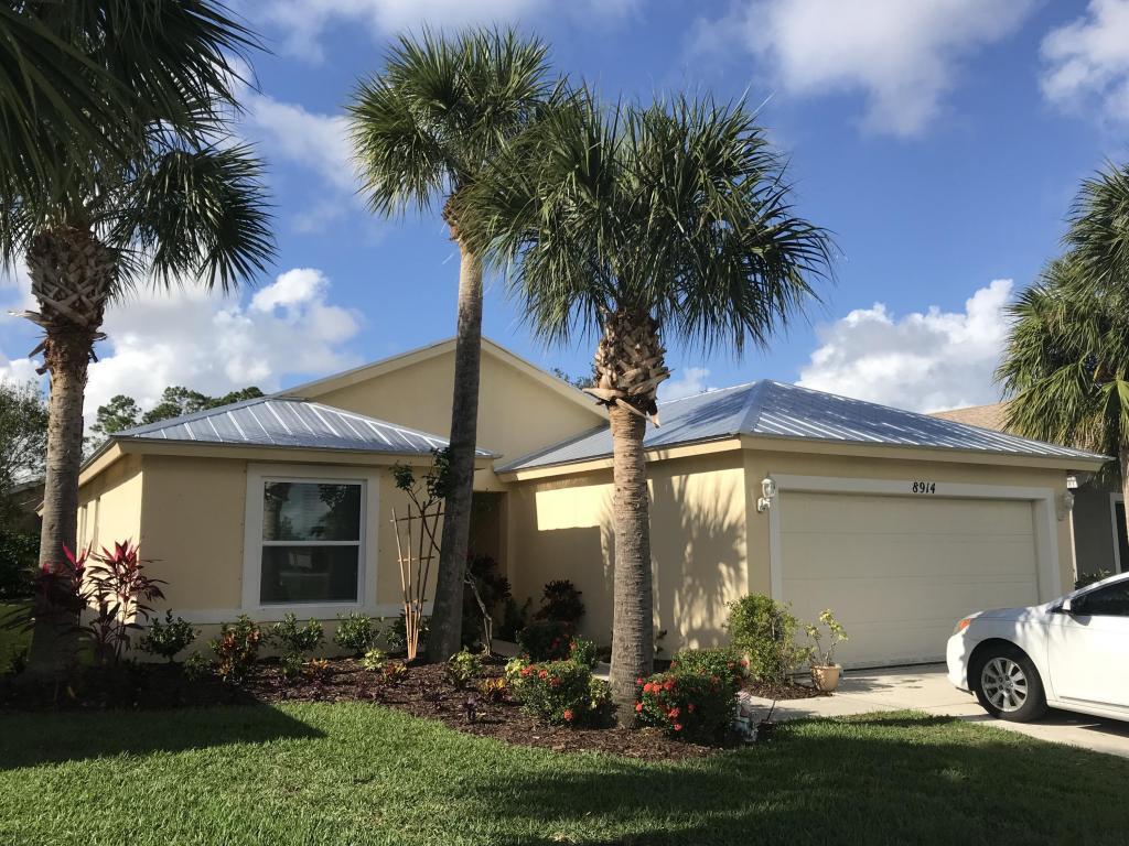 8914 Sw Bonneville Drive, Stuart, FL 34997