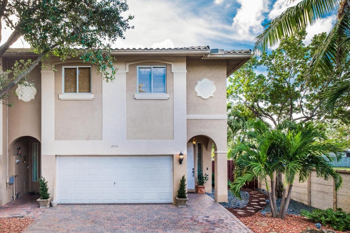 2714 Treasure Cove Circle, Fort Lauderdale, FL 33312
