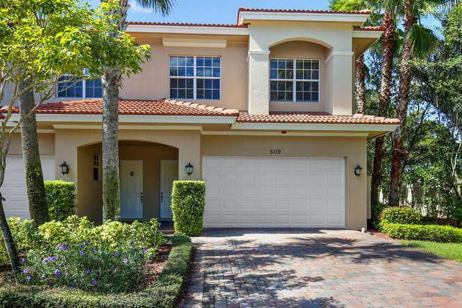 5119 Artesa Way W, Palm Beach Gardens, FL 33418