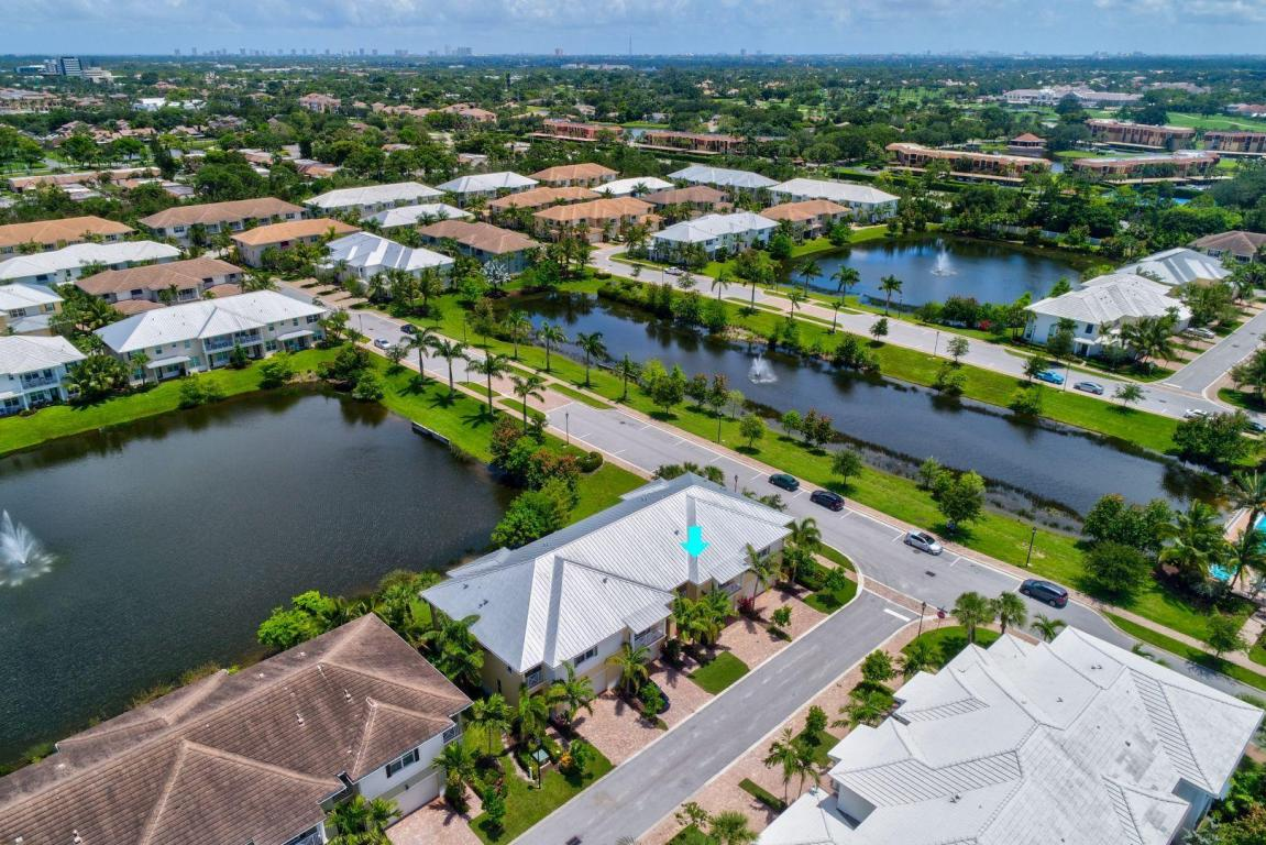 3116 Yorkshire Lane, Palm Beach Gardens, FL 33418