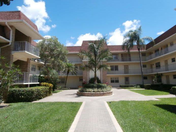 5580 Tamberlane Circle, Palm Beach Gardens, FL 33418