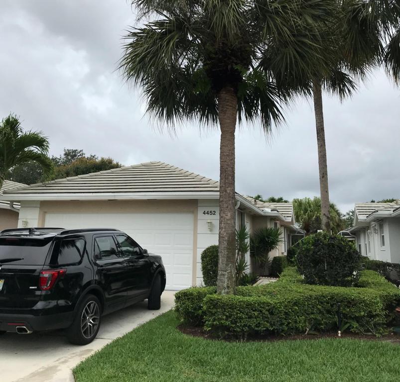 4452 Royal Fern Way, Palm Beach Gardens, FL 33410