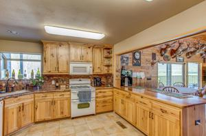13951 Murphy Ln, Oak Run, CA 96069
