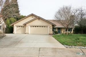 2268 Sageway Drive, Redding, CA 96003