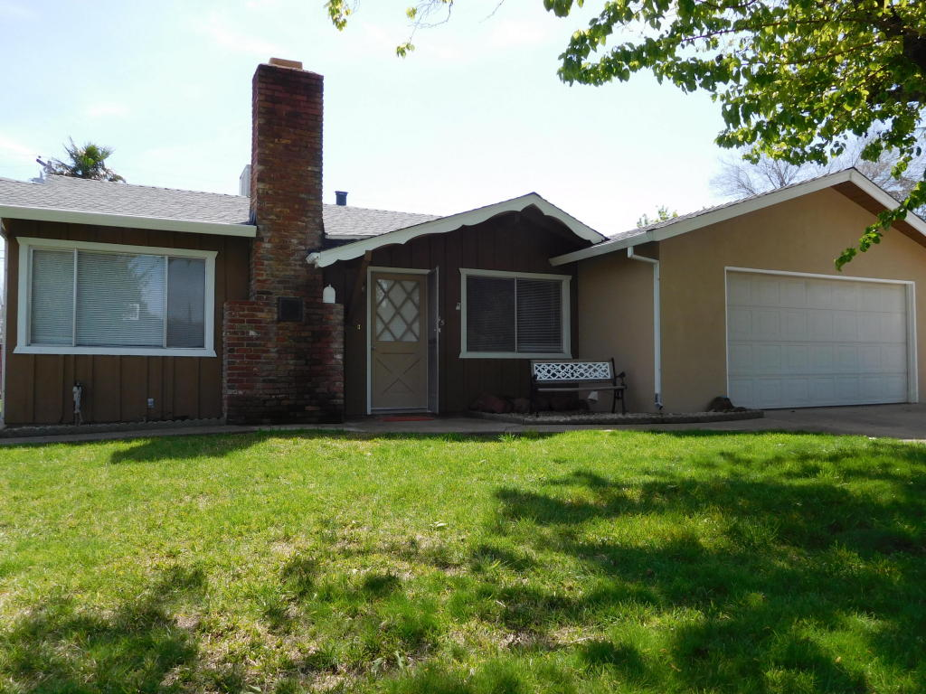 1445 Lodgepole Ave, Anderson, CA 96007