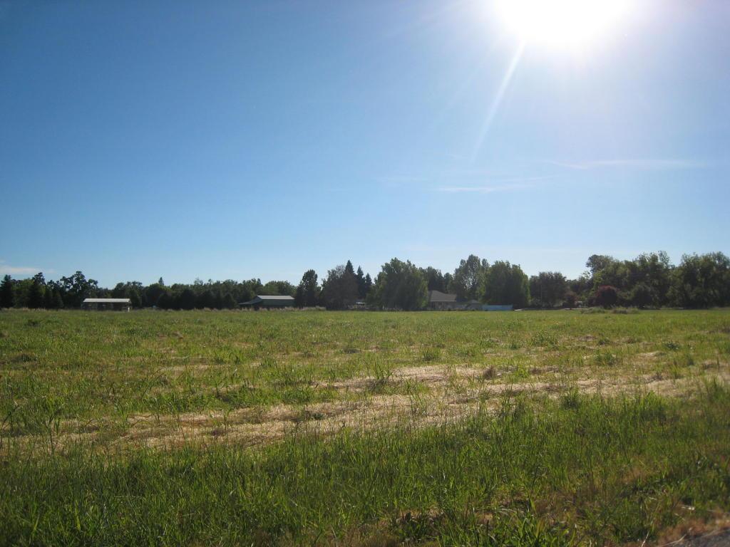 Mateo Court, Anderson, CA 96007