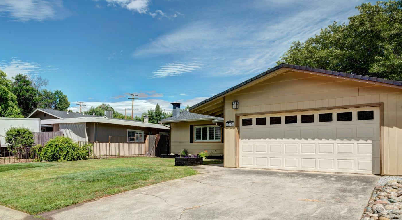 715 Christine Ave, Redding, CA 96003