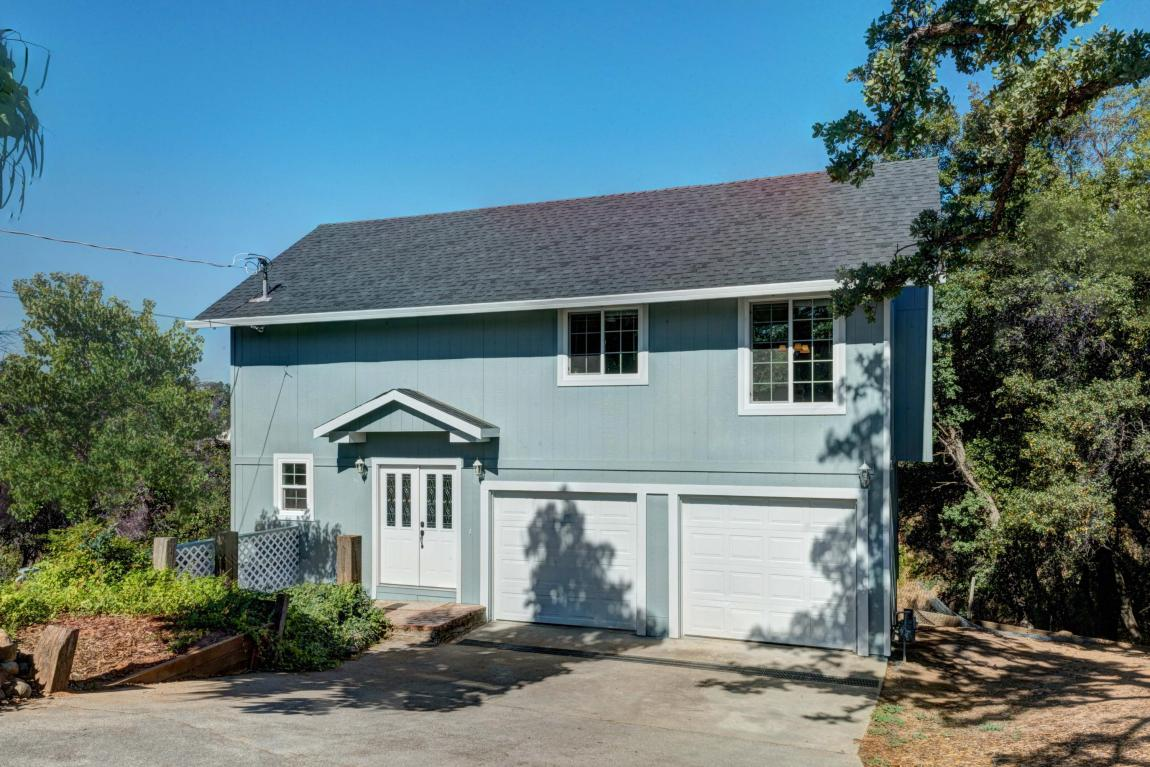 4530 Meadow Ln, Redding, CA 96001