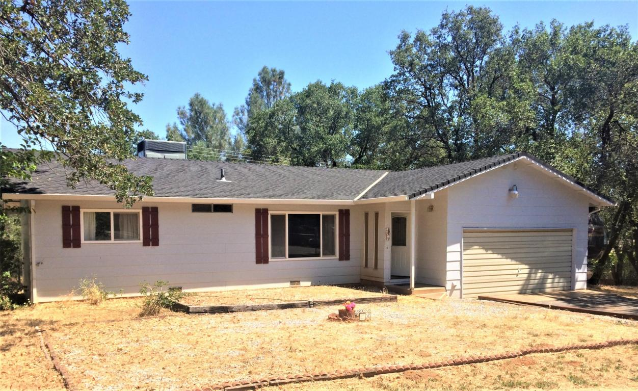 20404 Gibson Ct, Redding, CA 96002