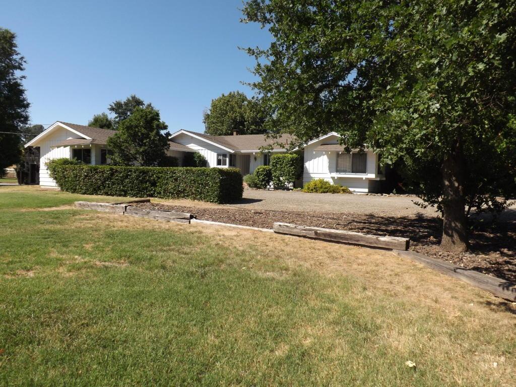 19405 Plateau Dr, Cottonwood, CA 96022