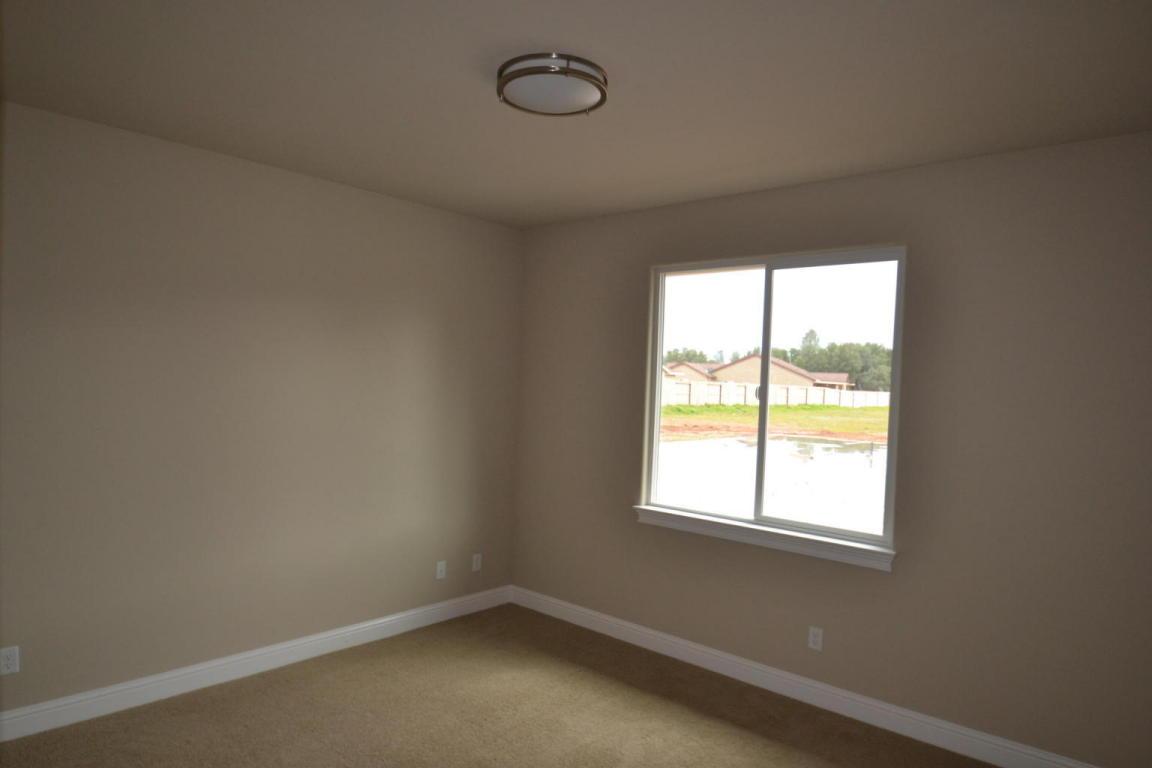 3390 Hotlam Rd, Redding, CA 96002
