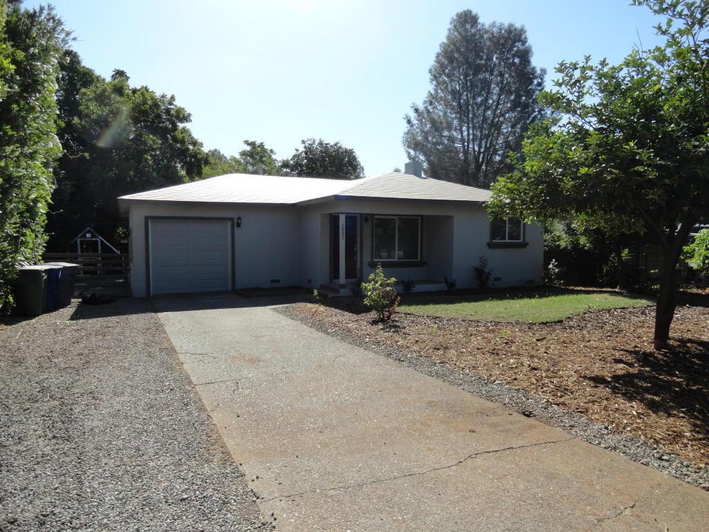 2801 Blue View St., Redding, CA 96002