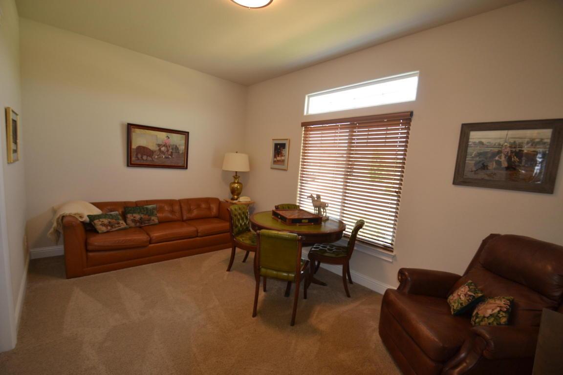 3482 Lemurian Rd, Redding, CA 96002