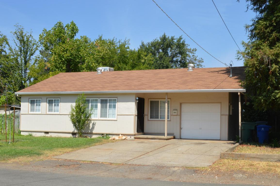 1117 3rd St, Redding, CA 96002