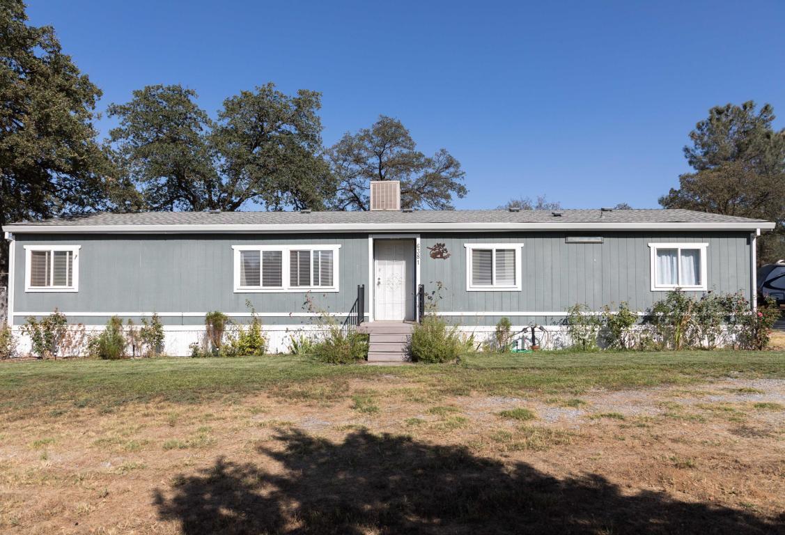 6381 Noosha Ln, Anderson, CA 96007