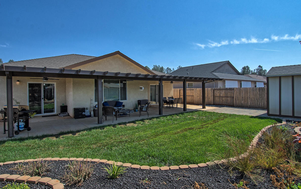 3405 Lemurian Rd, Redding, CA 96002