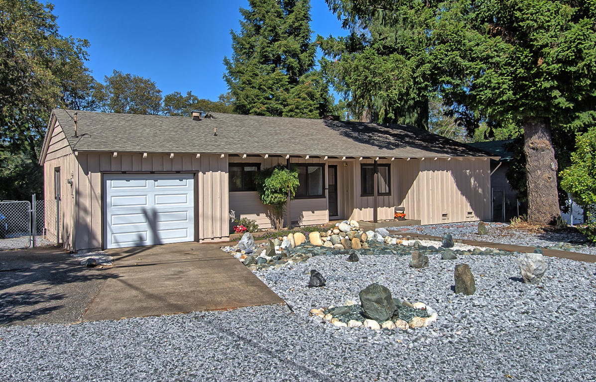 18080 Forest Road, Lakehead, CA 96051