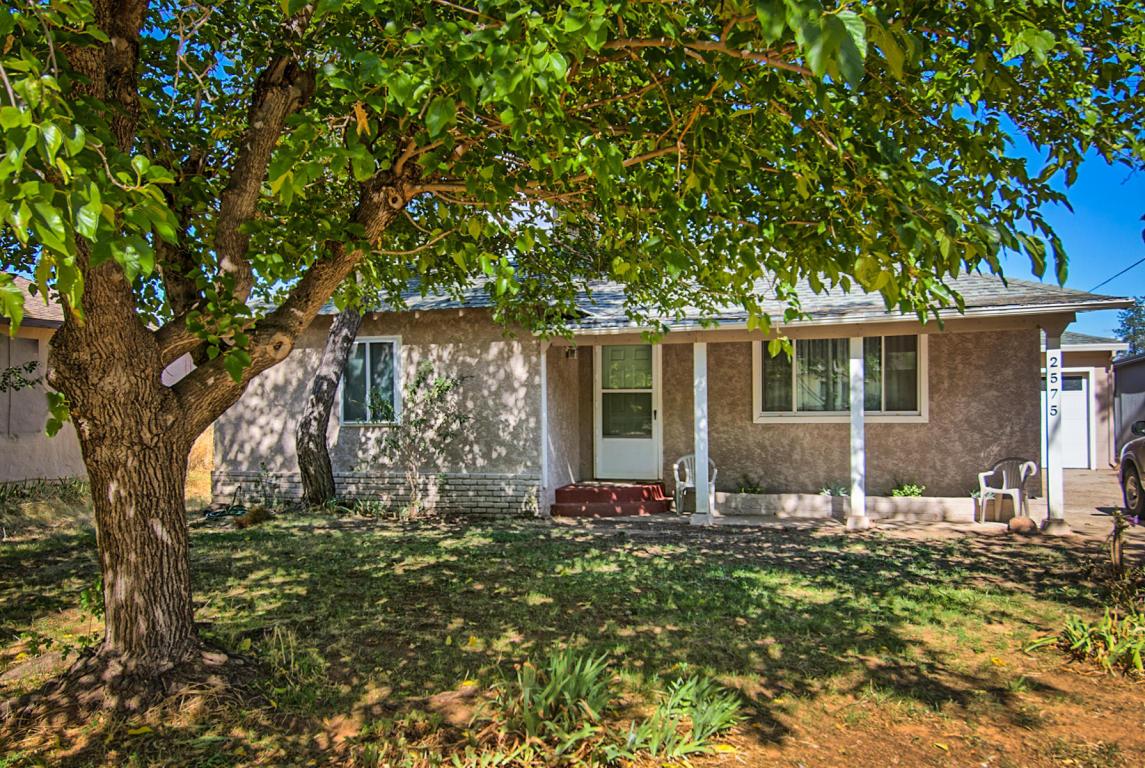 2575 W Hillside Dr, Anderson, CA 96007