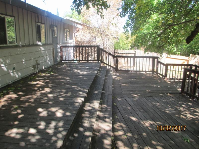 3240 Winding Way, Redding, CA 96003