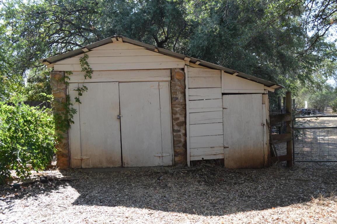 7058 Happy Valley Rd, Anderson, CA 96007