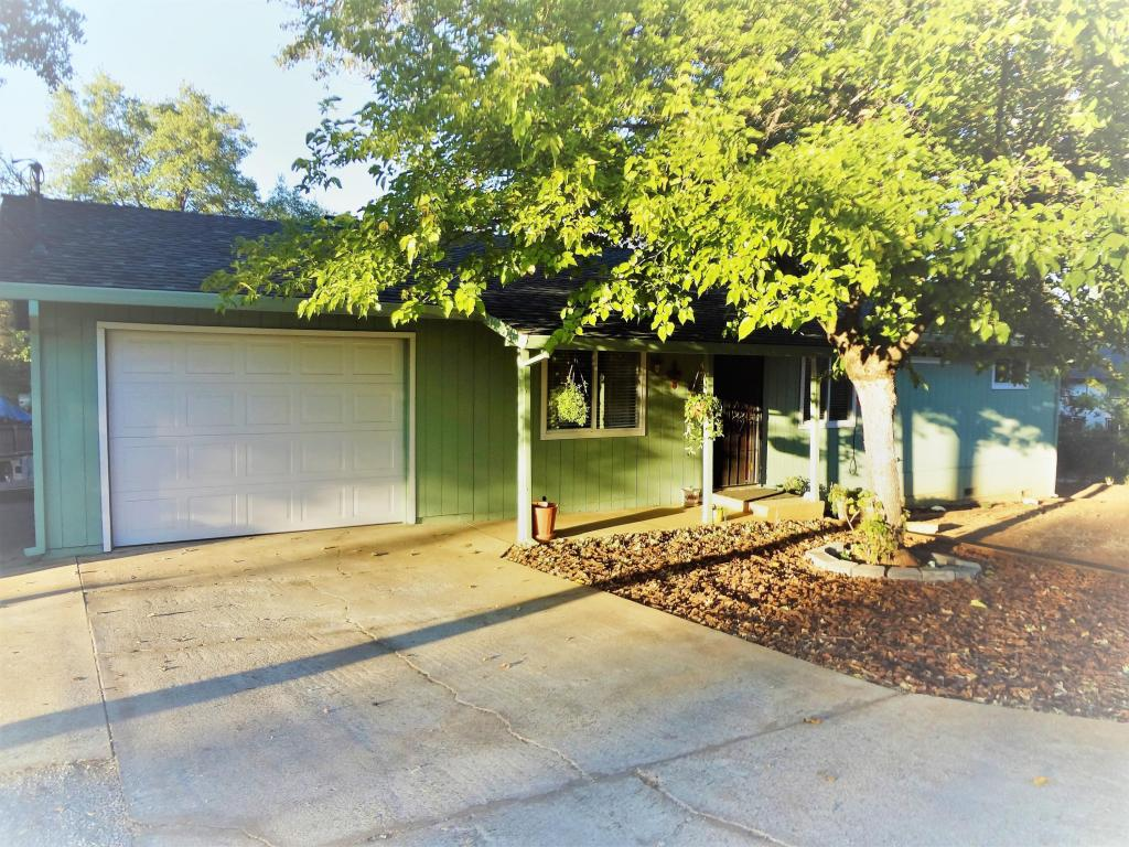 4737 Vallecito St, Shasta Lake, CA 96019