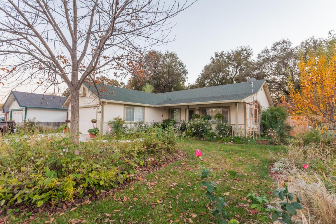 3355 Lyndsey Ln, Anderson, CA 96007