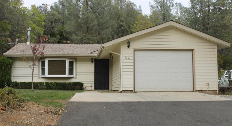 3701 Laurel St, Shasta Lake, CA 96019