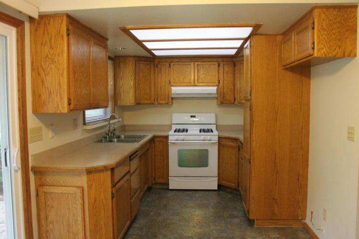 3701 Laurel St, Shasta Lake, CA 96019