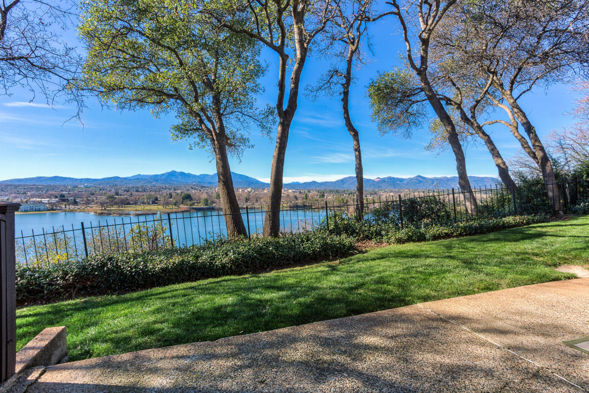 1955 Bechelli Lane, Redding, CA 96002
