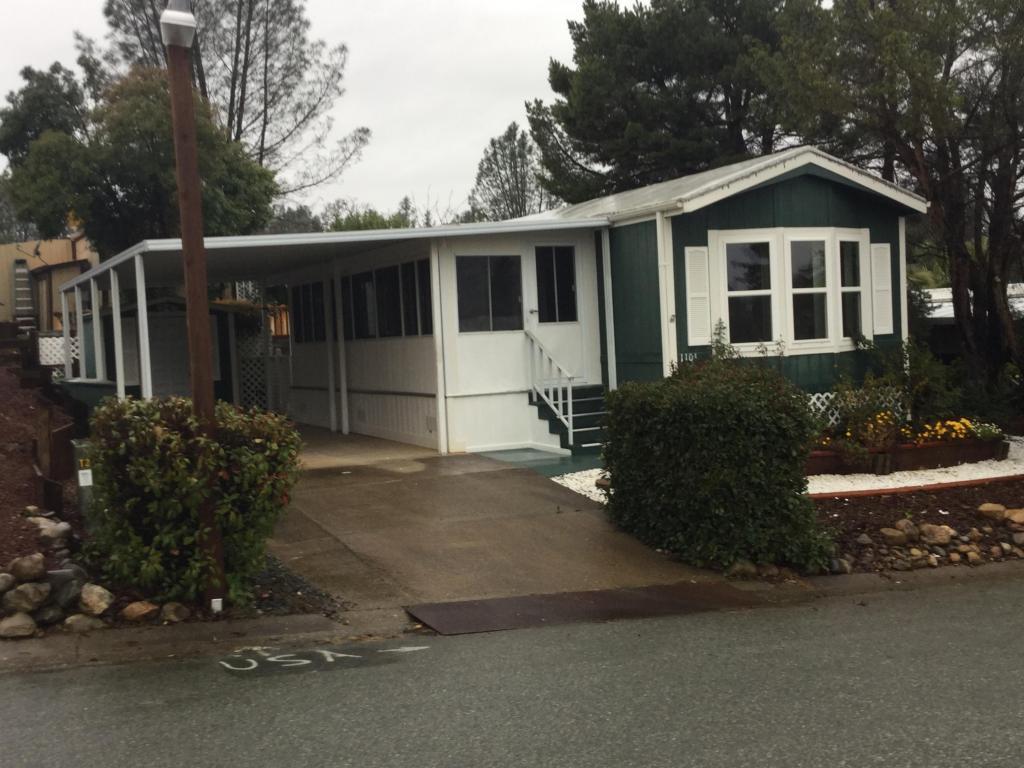 1104 Big Bear Ln, Redding, CA 96003
