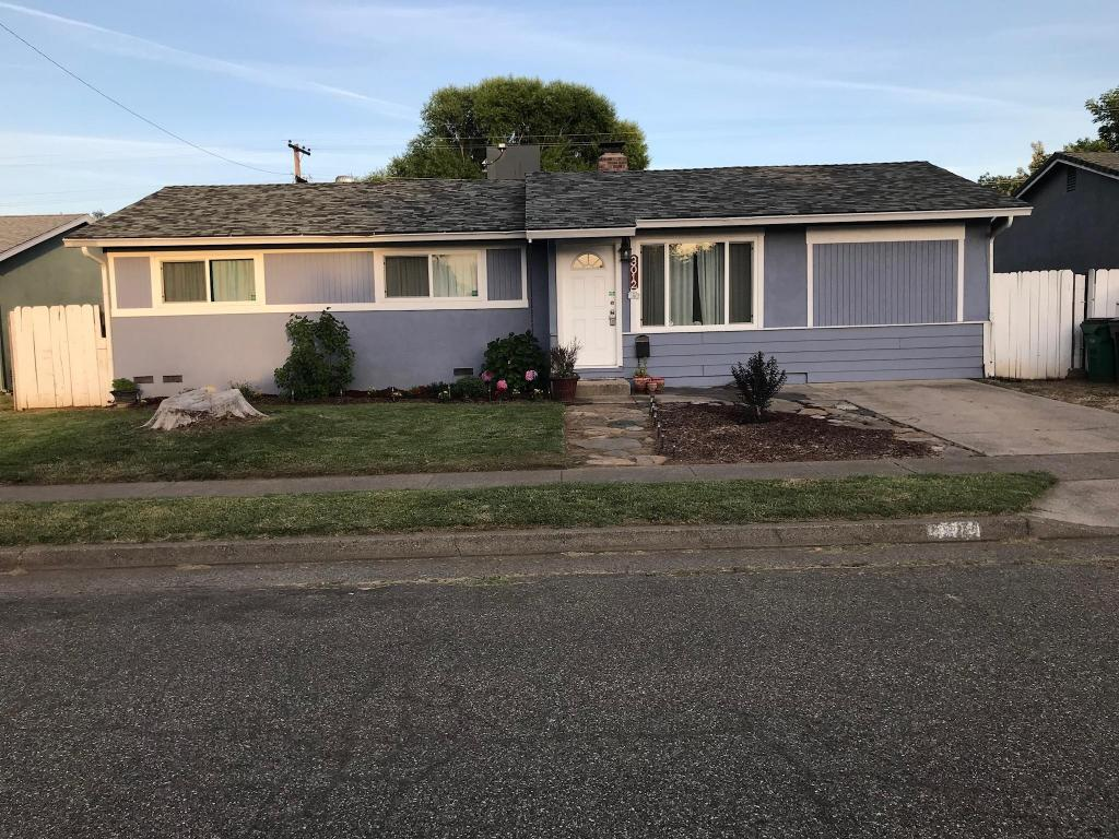3012 Aster St, Anderson, CA 96007
