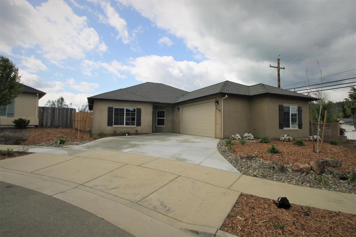 4295 Hazelwood Ct, Redding, CA 96001