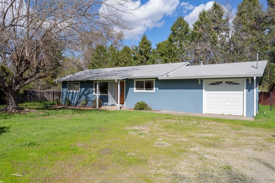5049 Bidwell Rd, Redding, CA 96001