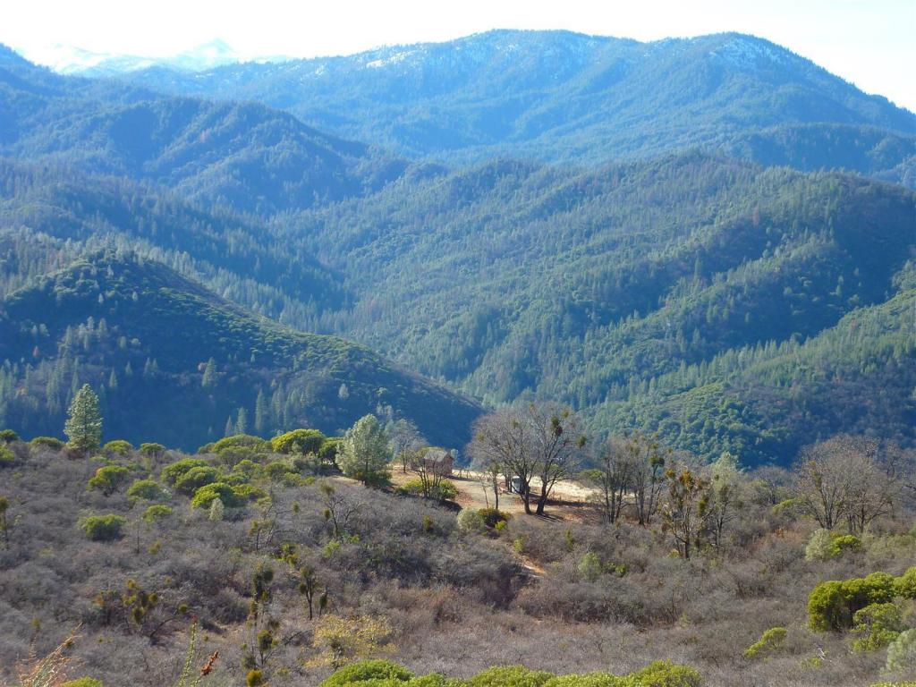 Merry Mountain Rd, Whiskeytown, CA 96095