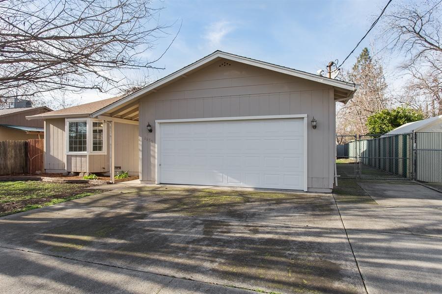 2920 Mahan St, Redding, CA 96001