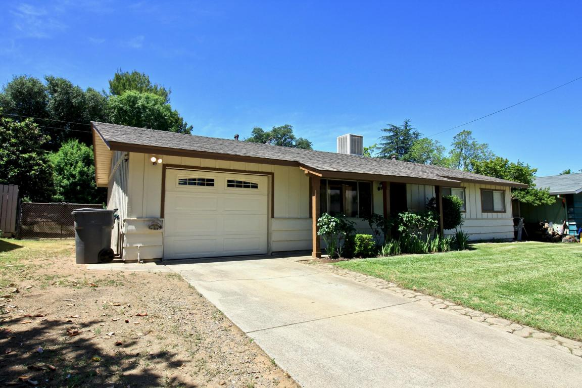 1442 Hemlock Ave, Anderson, CA 96007